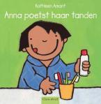 Anna poetst haar  (Kathleen Amant)